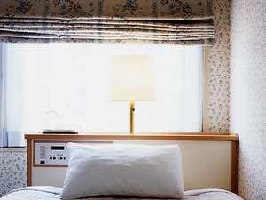 広島リッチホテル並木通り(旧:並木ホテル):レディースルーム(窓際)