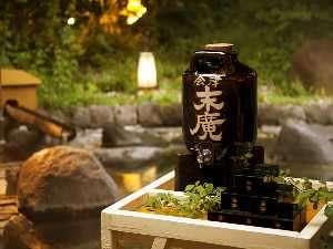 露天風呂での枡酒は温泉気分を盛り上げます♪