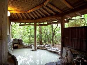 四季倶楽部 フォレスト箱根:露天風呂はにごり湯となっております。