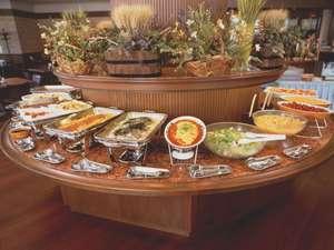 【ジョージタウン】ブッフェスタイルで楽しいお食事を♪(写真はイメージ)
