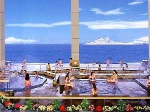 龍宮城スパ・ホテル三日月:近景にアクアライン、遠景には富士山をも望む絶景。冬の晴れた日は最高です!!