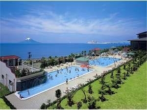 龍宮城スパ・ホテル三日月:一年中水着で遊ぼう♪温水プールもたくさんあります^^/