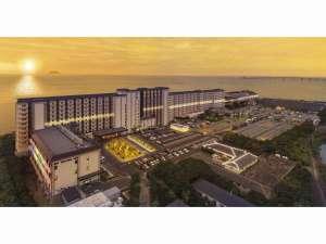 龍宮城スパ・ホテル三日月:18万5千㎡に100万球のイルミネーションが皆様をお迎えします