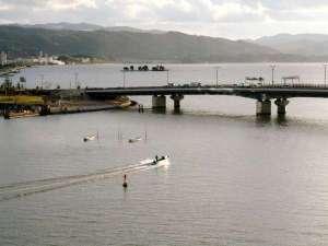 上階からの宍道湖の眺望は「水の都松江」のシンボル!四季折々の表情は都会の喧噪を忘れさせてくれる癒し!