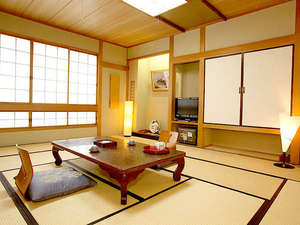 睦館(むつみかん):*客室一例/情緒漂う和室のお部屋で癒しの時を。