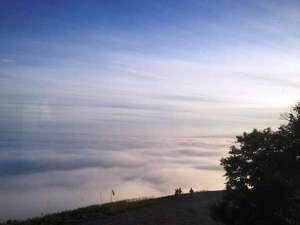 ルスツリゾートホテル&コンベンション:【早朝ゴンドラ】6/10-8/20_5:30-6:30太平洋から流れ込む雲海※気象条件が揃うことで発生する現象です。
