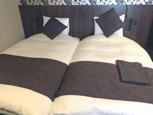 【ハリウッドツイン】ベッドの隙間がないタイプのツインルームです。