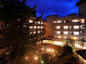 別館北の丸客室より眺める夜景