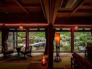 季澄香(トキスミカ)~中央アルプス杜の隠れ宿~:庭園セミスイーからの庭園の眺望
