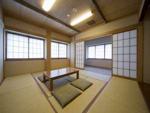 草津・さくらリゾートホテル:東南の日当たり良好和室10畳+リビングトイレ(ウォシュレット)洗面付き