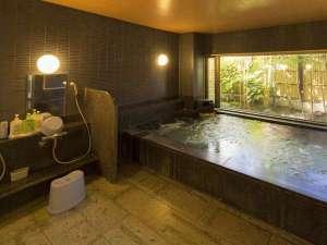 オリエンタル鹿児島 :疲れを癒す男子大浴場