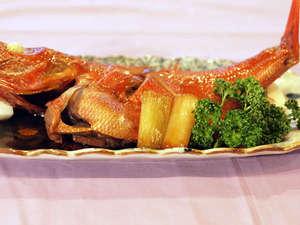 海の見える ペンションローズマリー:金目の漁師煮3~4人様用