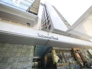 リッチモンドホテル名古屋納屋橋:レストランの横の道が入口です♪