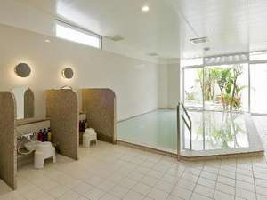 ホテルグランビューガーデン沖縄:大浴場営業時間AM6:00-AM9:00 PM4:00-AM12:00