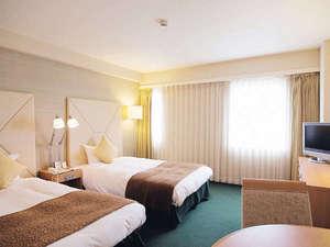 東京第一ホテル鶴岡:◇本館ツインルーム/23.5㎡◇ 部屋も広さ、ベッドサイズも大きめで伸々とくつろげます。
