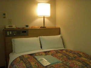 久居グリーンホテル:◆シングルハイクラス2(15平米)◆セミダブル仕様でカップルのお客様へお値打ちにご提供いたします。