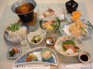 津名ハイツ:淡路島ならではの海の幸や名産「玉ねぎ」など季節の食材を使っております