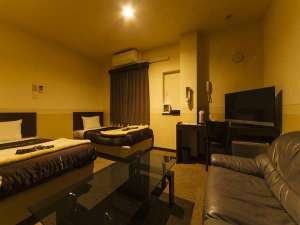 コンビニAyersRockホテル仙台多賀城:ツインルーム