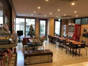 コンビニAyersRockホテル仙台多賀城:ロビー