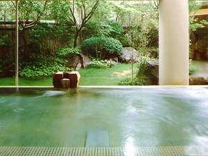 隣接する天然温泉『ゆうゆうプラザ』の入浴サービス券を差し上げています。4月11~3日間設備点検の為休館