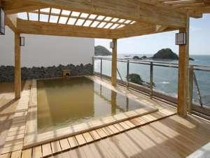 由良温泉 八乙女 :雄大な日本海の夕陽を眺めながらご入浴。※天候により、クローズの場合有