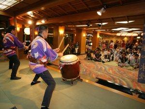 華やぎの章 慶山:毎晩9時より開催の「慶山太鼓ショー」