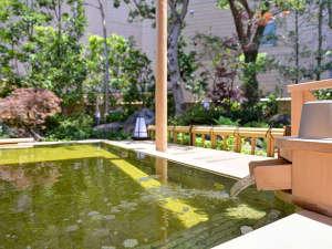 九十九里海岸 一宮温泉 ホテル一宮シーサイドオーツカ:*露天風呂(男湯)/ヨードとミネラルをたっぷり含んだ天然温泉はお肌をすべすべにしてくれます。