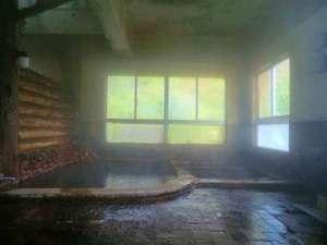ユートピア和楽園 知内温泉旅館:*【知内温泉 内湯 下の湯】豊富な湯量で優れた薬効がある知内温泉