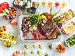 【ランチ】冷製・温製盛りだくさんのベジタブルビュッフェ+メイン料理を1品お選びいただけます。