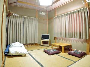 ビジネス旅館森田:*【部屋/和室一例】チェックイン時にはお布団をご用意させていただいております。