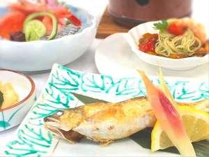 温泉ホテル 温井スプリングス:地産地消にこだわった!バリエーション豊かなお料理♪「旬の食材だからこそ宿る美味しさ