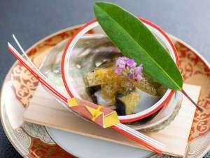 【個室レストラン】(日本料理菊彩香)先付