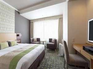渋谷エクセルホテル東急:160cmのクイーンサイズベッドをご用意しているダブル。おふたりの優雅なひとときを。