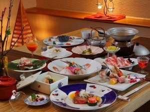 ホテル華の湯 30種類の湯船が人気の宿:風舞料理