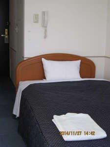 プラザイン新横浜:ベッド