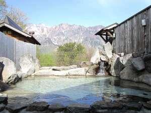 のよさの里 牧之の宿:鳥甲山を望む絶景露天風呂