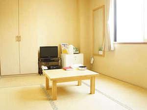 ビジネスホテルよしずみ:和室客室