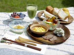1日1組限定の古民家宿 こころの里 懐:創作薬膳料理朝食