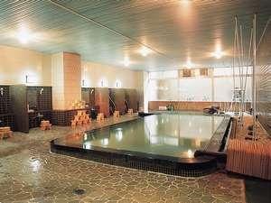 大浴場。美肌の湯と言われる松江しんじ湖温泉のお湯を存分に楽しんで。