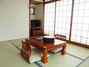 エスカル神戸:○ゆったり足を伸ばしておくつろぎ下さいませ♪和室6畳(アウトバス・アウトトイレ)