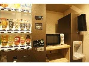 ■5階・7階・10階自動販売機・電子レンジ