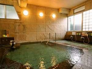 フォレストリゾート ゆがわら万葉荘:大浴場。Ph8.3の弱アルカリ性です。やわらいお湯です。
