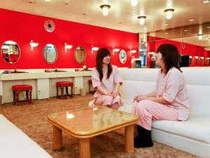 神戸クアハウス:【女性ドレッサー室】あったら嬉しい♪女性専用の無料アメニティも完備♪