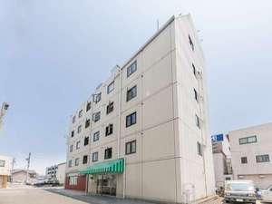 OYO IWATAステーションホテルの写真