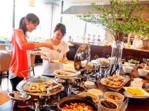 ホテルキャッスル(山形):内容充実の朝食バイキング★山形のお米「つや姫」や芋煮などを約30種類をご用意!