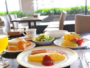 ホテルキャッスル(山形):朝食バイキング 洋食メニュー例★オムレツやクロワッサンなど、ホテルならではのメニュー