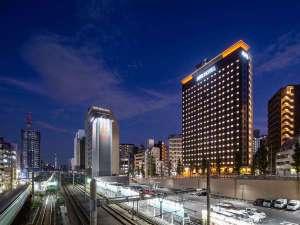 アパホテル〈山手大塚駅タワー〉(全室禁煙)の写真