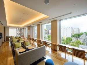ホテルメトロポリタン仙台イースト:宿泊者専用ラウンジ