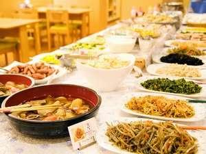 稚内グランドホテル:和食中心手作りの味 和洋食バイキングの朝食♪