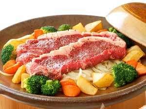 三朝温泉 渓泉閣:鳥取和牛のステーキ 例